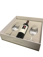 Gift box with Turriga Red wine and two wine glasses